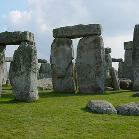 Visit Stonehenge In The English County Of Wiltshire - Bucket List Ideas