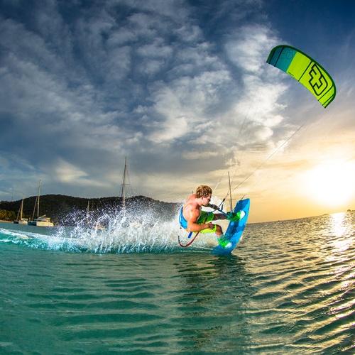Go Kitesurfing or Kiteboarding - Bucket List Ideas