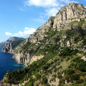 Drive on The Amalfi Coast, Italy - Bucket List Ideas