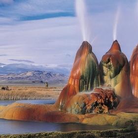 Visit Fly Ranch Geyser, Nevada, US - Bucket List Ideas