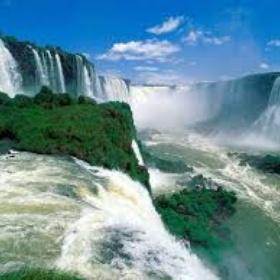 Go to Victoria Falls, Zambia - Bucket List Ideas