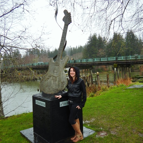 Visit Kurt Cobain's Memorial Park in Aberdeen WA - Bucket List Ideas