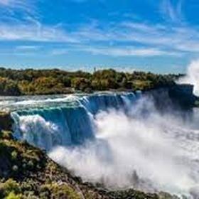 Visit the Niagara Falls - Bucket List Ideas