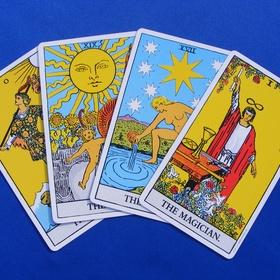 Learn to do Tarot card readings - Bucket List Ideas