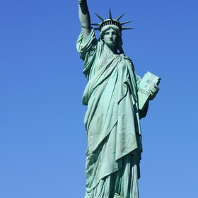 Visit the Statue of Liberty, New York - Bucket List Ideas