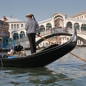 Ride a gondola in Venice, Italy - Bucket List Ideas