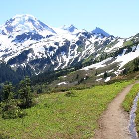 Hike the Skyline Divide Trail in Washington - Bucket List Ideas