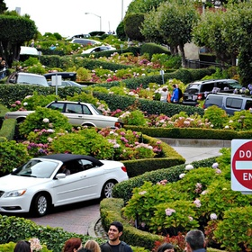 Drive down Lombard Street, San Francisco - Bucket List Ideas