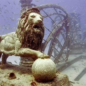 Explore the Underwater Cemetery in FL - Bucket List Ideas