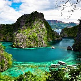 Swim in Kayangan Lake, Coron - Bucket List Ideas