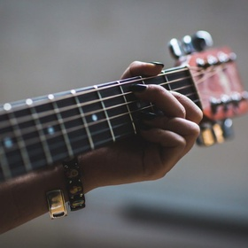 Learn how to play guitar - Bucket List Ideas