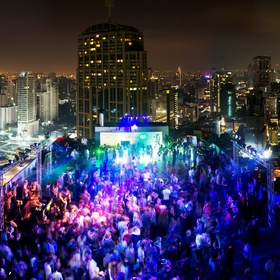 Attend a rooftop party - Bucket List Ideas