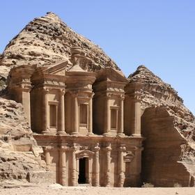 See the stone dwellings in petra, jordan - Bucket List Ideas