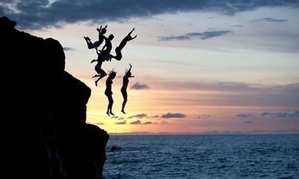 Cliff jump - Bucket List Ideas