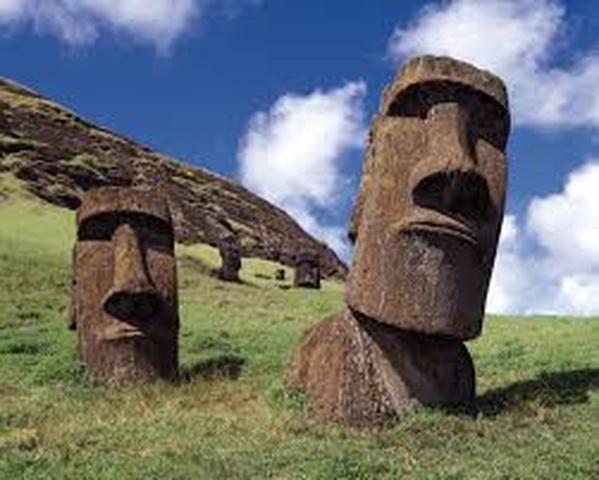 Visit Easter Island, Chile - Bucket List Ideas