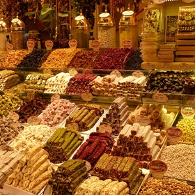 Shop locally while abroad - Bucket List Ideas