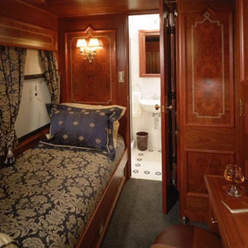 Sleep in an overnight train - Bucket List Ideas