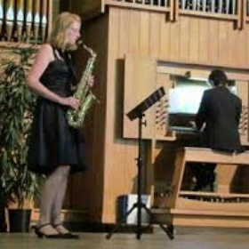 Play sax solo with an organ - Bucket List Ideas