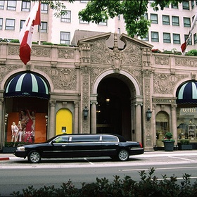 Stay the night at the Beverly Hills Wilshire Hotel - Bucket List Ideas