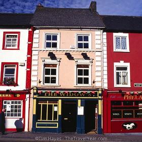 Visit the Pubs of Ireland - Bucket List Ideas
