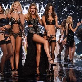 Be at the Victoria Secret show - Bucket List Ideas