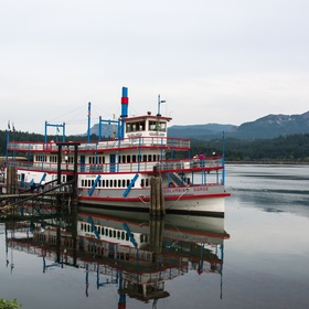 Take a Cruise on the Columbia River Sternwheeler in Oregon - Bucket List Ideas