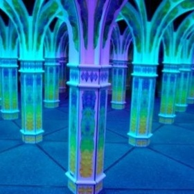 Go through Magowan's Infinite Mirror Maze ~San Francisco - Bucket List Ideas