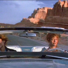 Road trip Thelma and Louise style with a convertible in west america - Bucket List Ideas