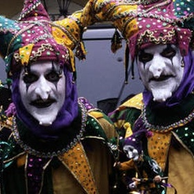 Attend Mardi Gras in New Orleans - Bucket List Ideas