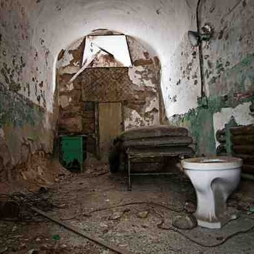 Walk the haunted corridors of Eastern State Penitentiary-PA - Bucket List Ideas