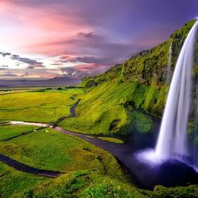 Explore Iceland - Bucket List Ideas