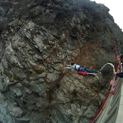 Go Bungee Jumping - Bucket List Ideas