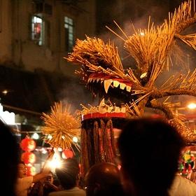 Attend Tai Hang Fire Dragon Dance, HongKong - Bucket List Ideas