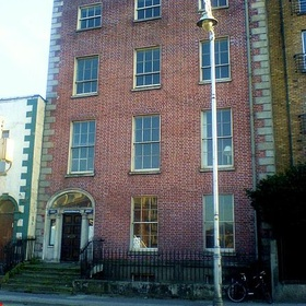 Take a selfie in front of the  house from James Joyce's The Dead in Dublin Ireland - Bucket List Ideas