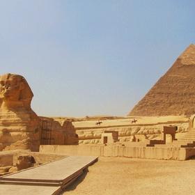 Egypt - Visit the Pyramids - Bucket List Ideas