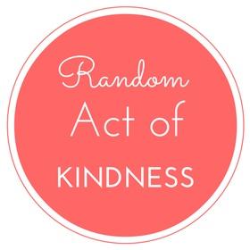 Complete 100 Random Acts Of Kindness - Bucket List Ideas