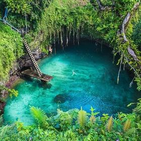 Jump into the Sua ocean trench in Samoa - Bucket List Ideas