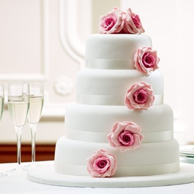 Make a Wedding Cake - Bucket List Ideas