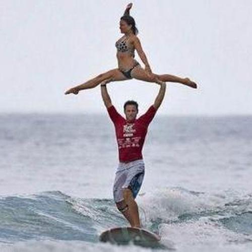 Surf in Hawaii - Bucket List Ideas