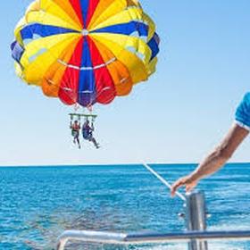 Experience parasailing - Bucket List Ideas