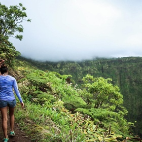 Hike white road in Hawaii - Bucket List Ideas
