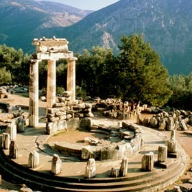 Visit Delphi - Bucket List Ideas