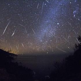 Watch a meteor shower - Bucket List Ideas