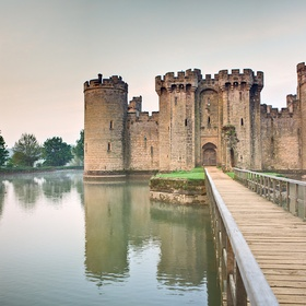 Go inside Bodiam Castle in England - Bucket List Ideas