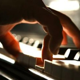 Learn how to play the piano - Bucket List Ideas