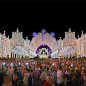 See the lights at Santa Domencia - Bucket List Ideas