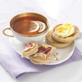 Drink tea and eat crumpets - Bucket List Ideas