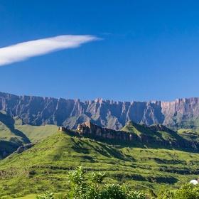 Visit Drakensbergen in South-Africa - Bucket List Ideas