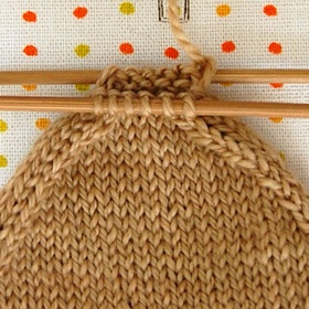 Learn to weave clothes and scarves and gloves - Bucket List Ideas