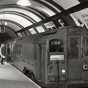 Visit London's abandoned tube stations - Bucket List Ideas